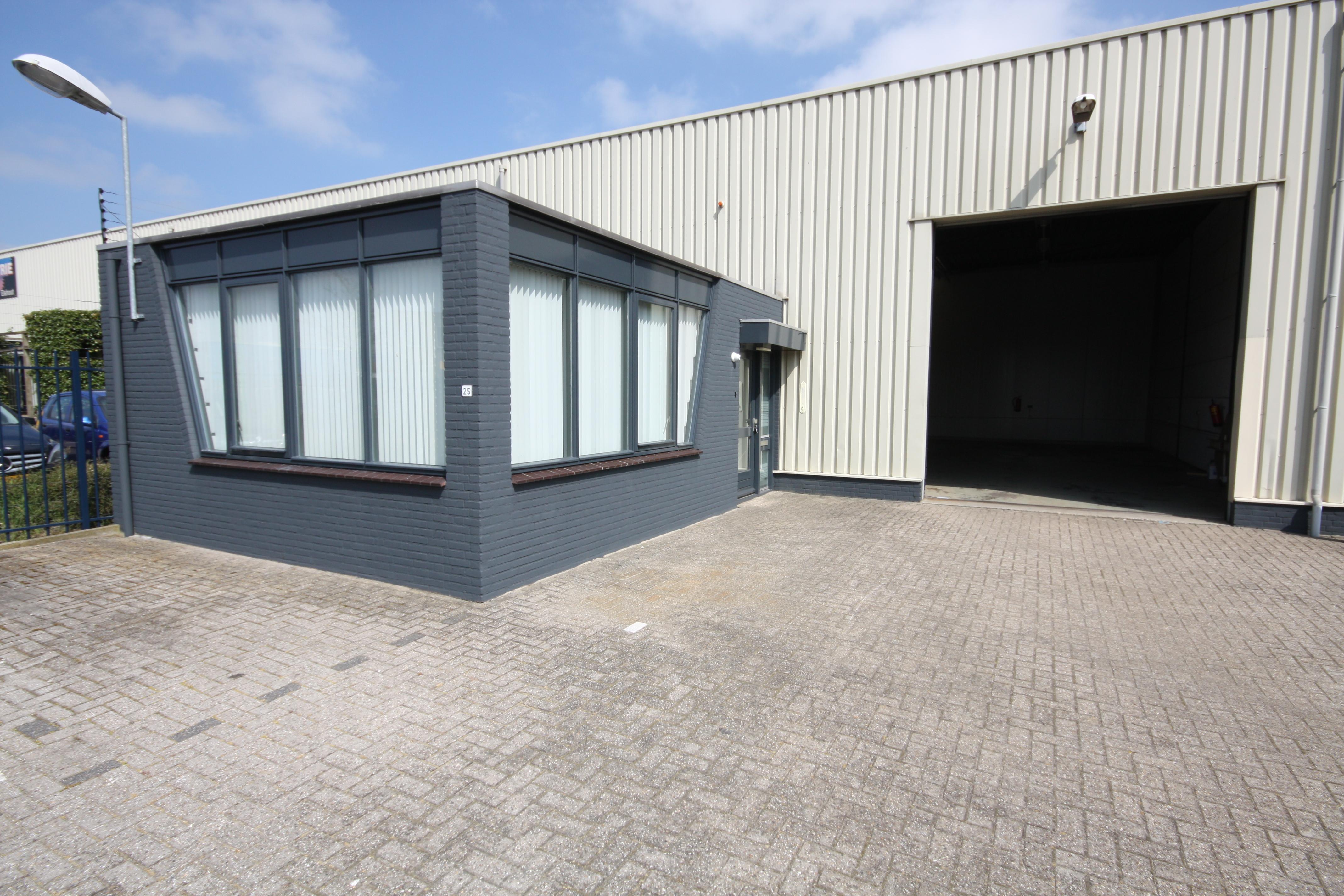 Garage Huren Almere : Een eenduidige maatlat kantoor huren almere bedrijfsruimte huren