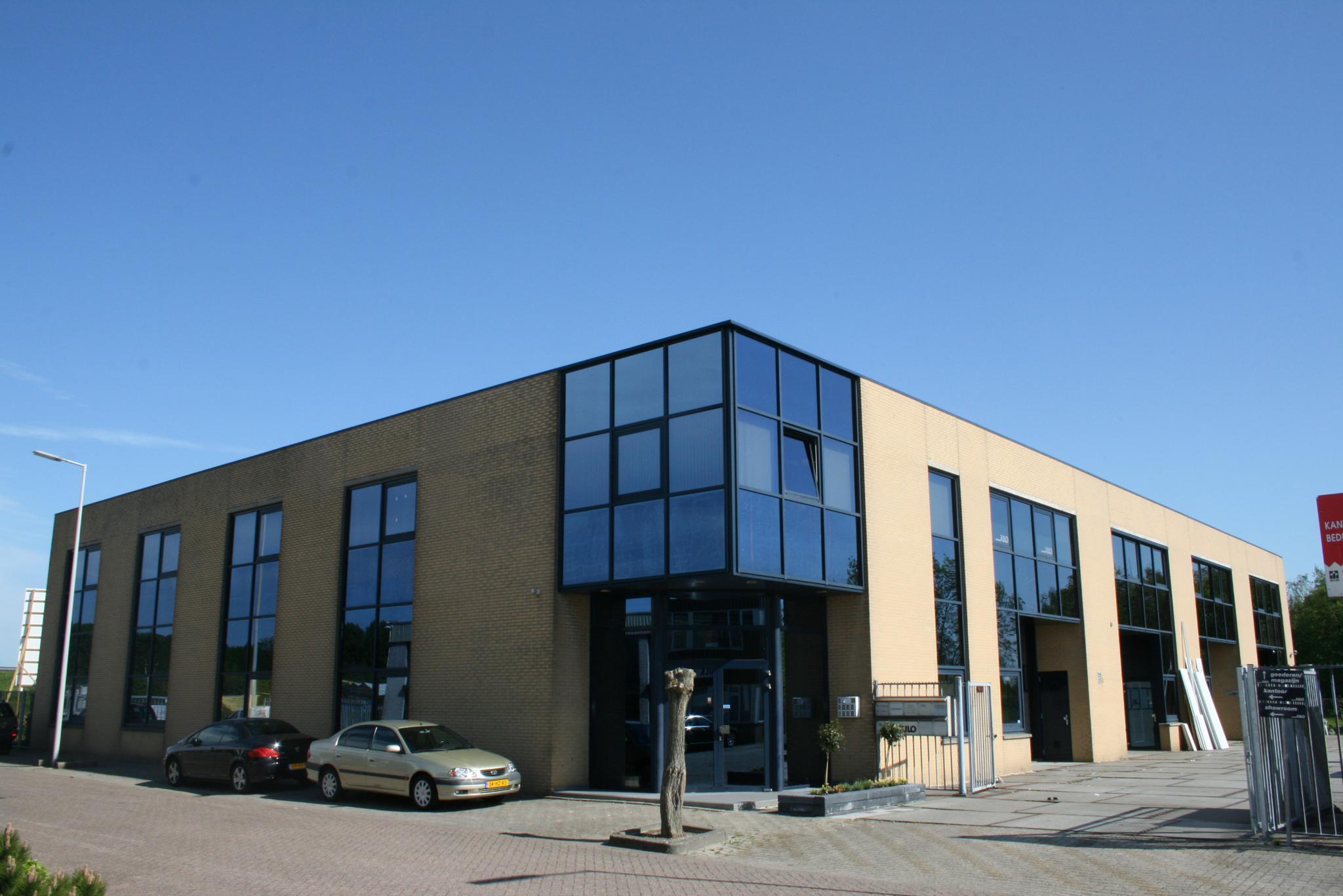 Garage Huren Almere : Bedrijfspand te huur in amsterdam kantoor huren almere