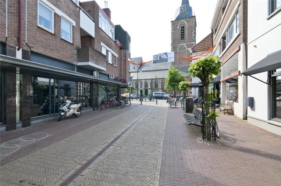 Pantry Keuken Te Koop : Meddosestraat 5 Winterswijk – Winkel kopen
